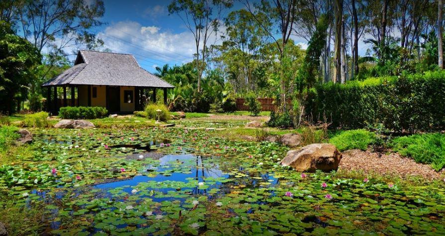 GLEN EDEN – Quiet and Conveniently Located
